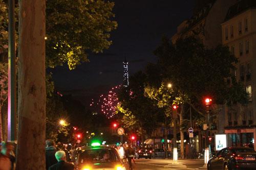 パリ祭花火